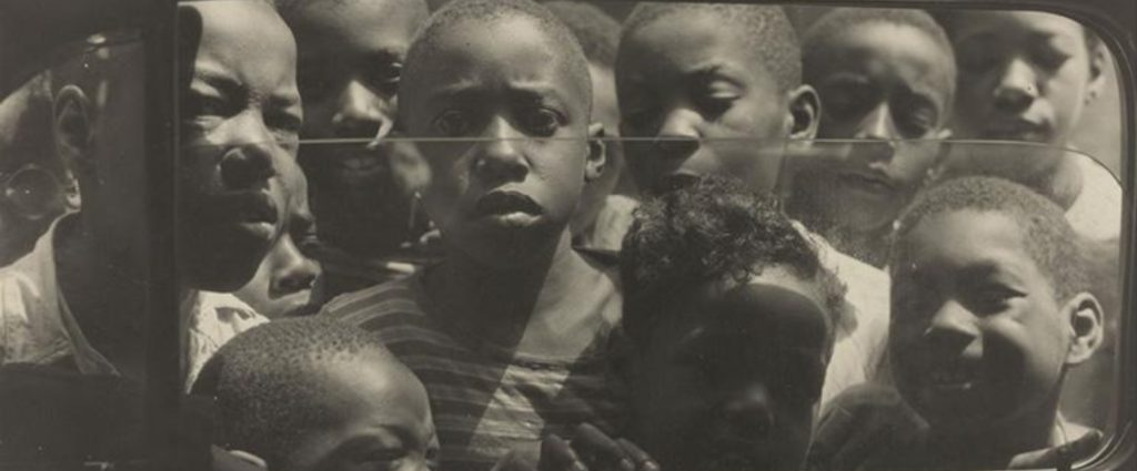 Gordon Parks: The New Tide, Early Work 1940–1950...